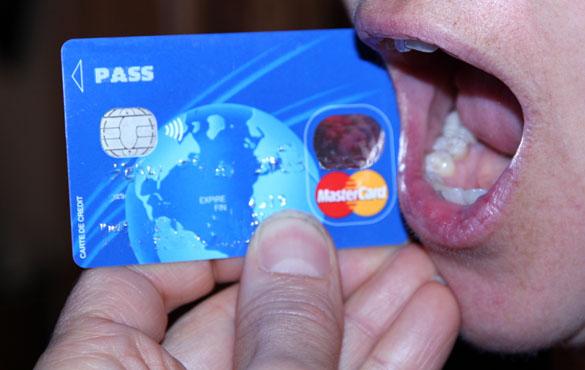Carte Carrefour Credit.Les Magasins Carrefour Passent A La Carte Pass Biometrique