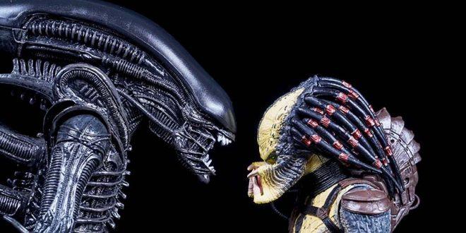 Alien_predator_cosmofoot_2016