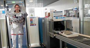 portique_sécurité_astronaute